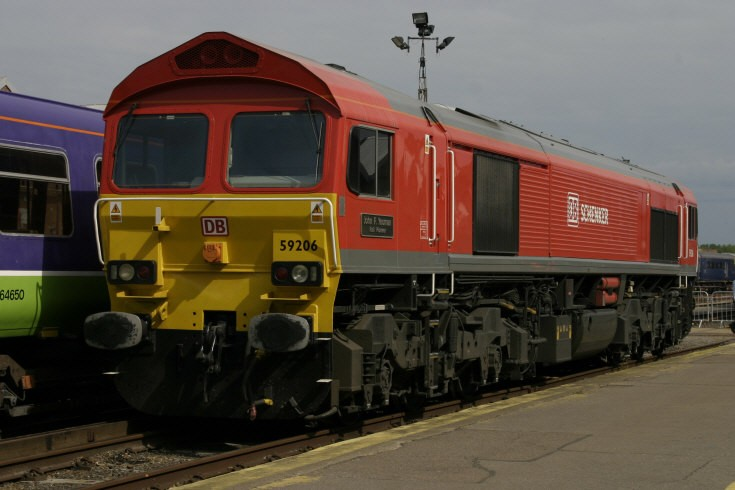 59206 at Eastleigh