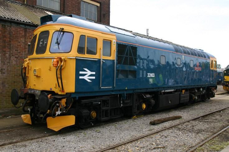 33103 Swordfish at Eastleigh