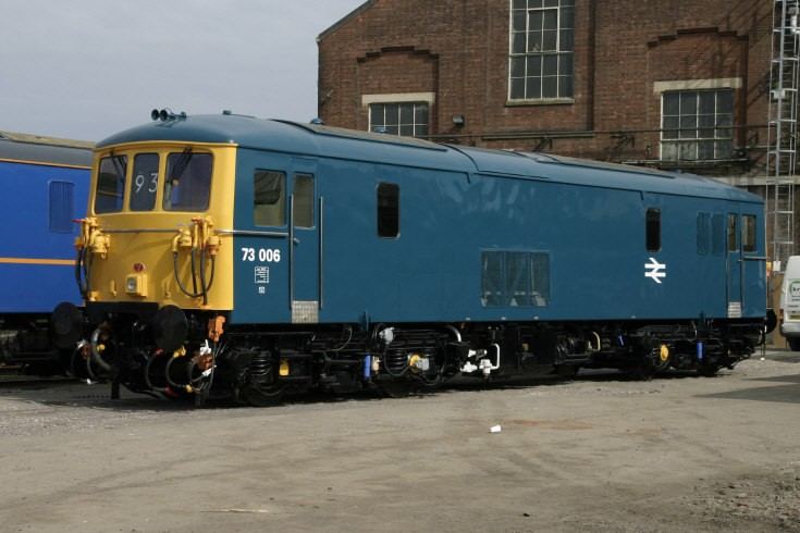 73006 at Eastleigh