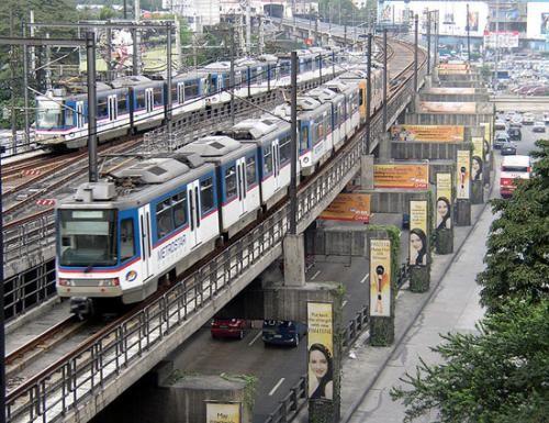 MRT Metrostar Passing Makati Area...