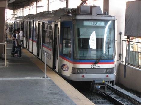 MRT 2 Buendia Station...