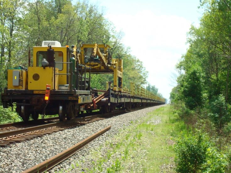 rail deposit train