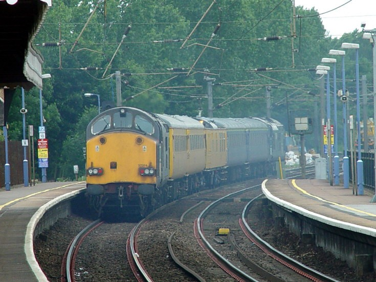 Serco Test Train up road 18-06-08