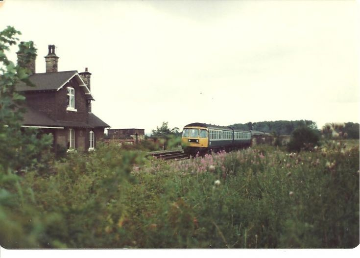 Appleby, Lincs 1980 with former Trans-Pennine dmu