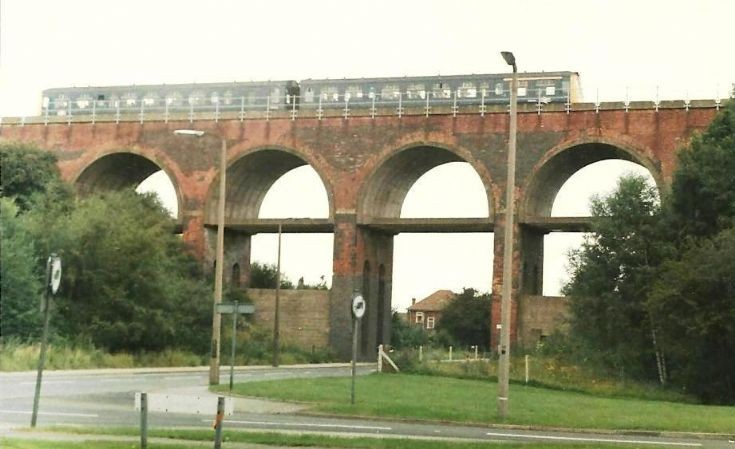 Derby dmu on Scotter Road Viaduct, Scunthorpe