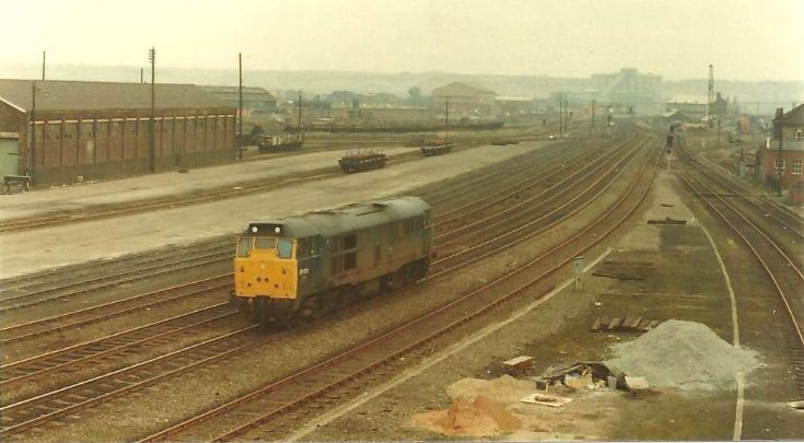 Grubby Brush Class 31 at Scunthorpe.