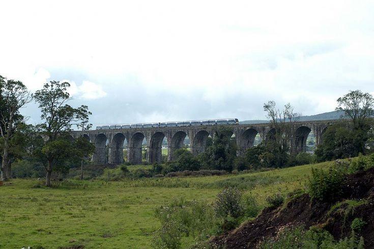 4003 & 4002 Craigmore Viaduct