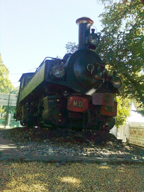 Antique engine of the Douro Valley - Portugal