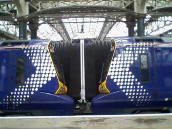 Class 380 gangways