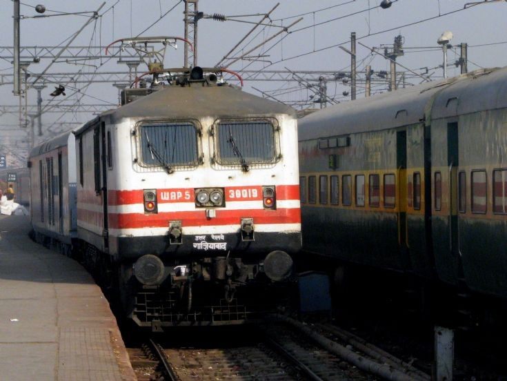 WAP-5 - Three phase loco of Indian Railways