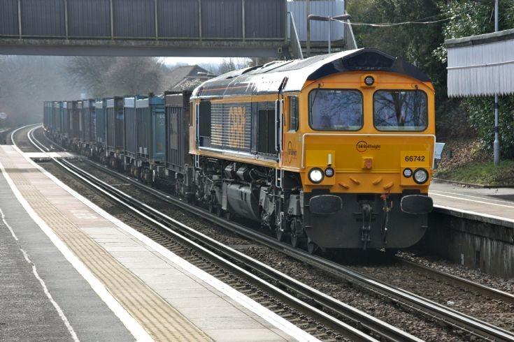 66742 at Robertsbridge