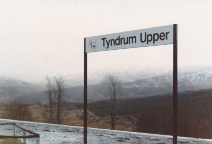 Tyndrum Upper Station Sign