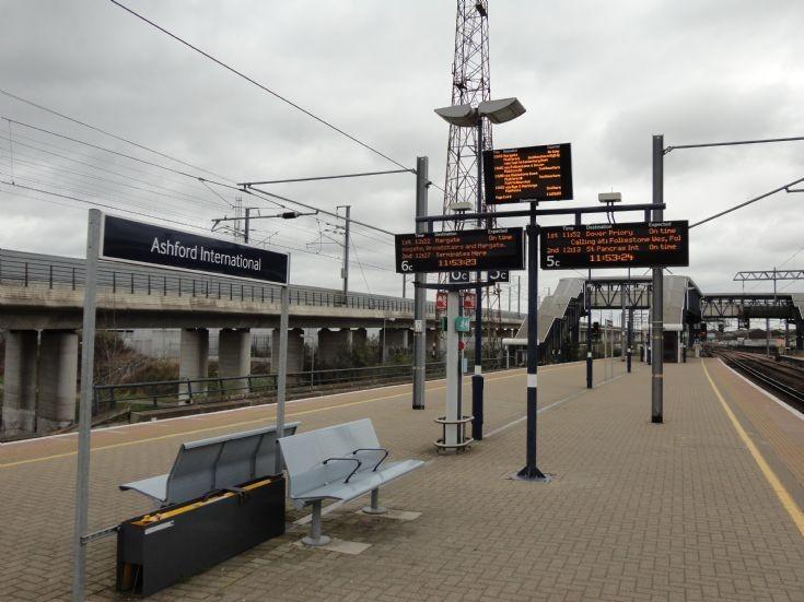 brighton ashford international train