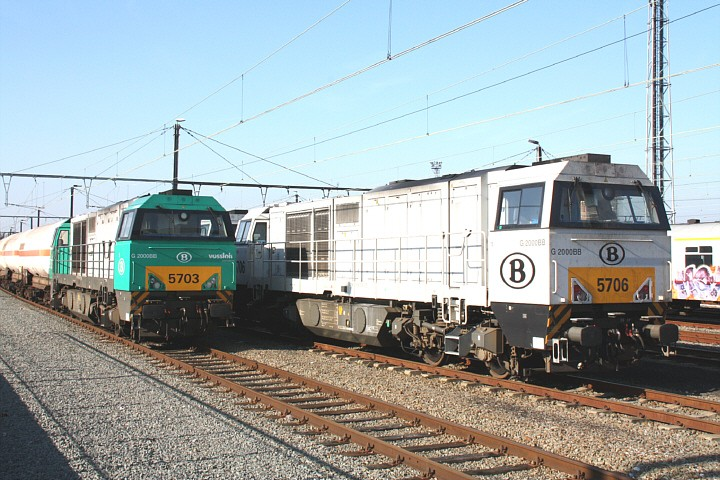 SNCB/NMBS 5703 + 5706