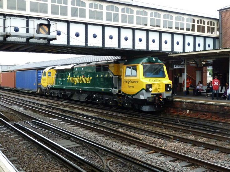 70079 at Eastleigh