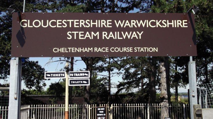 Cheltenham Racecourse Railway Station sign