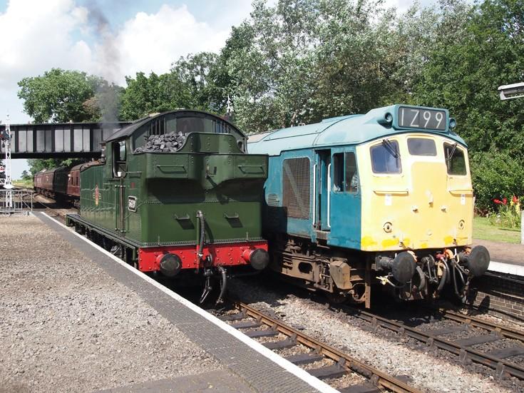 5619 & Diesel train arriving