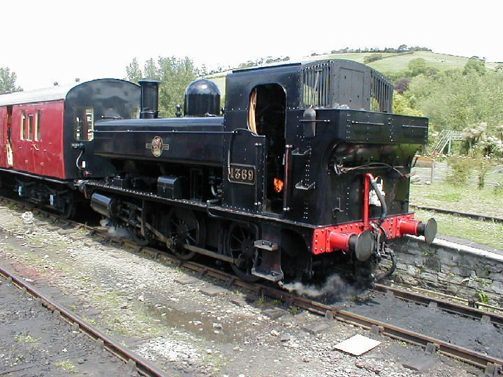 GWR 0-6-0PT shunting at Buckfastleigh in 2002.