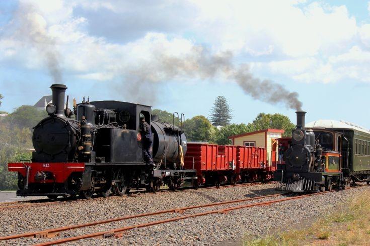 Y542 & L 507 Glenbrook Vintage Railway - NZ