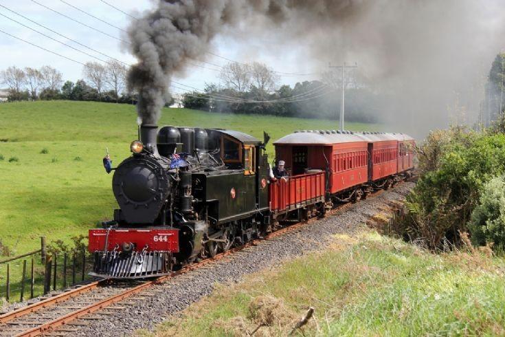 4-6-4T Ww 644 Glenbrook Vintage Railway - NZ