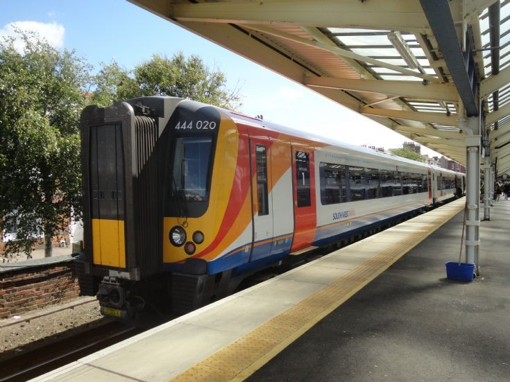 South West Trains 444 020
