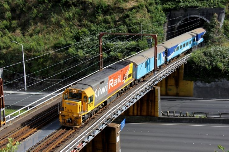 KiwiRail DXB on Capital Connection - NZ
