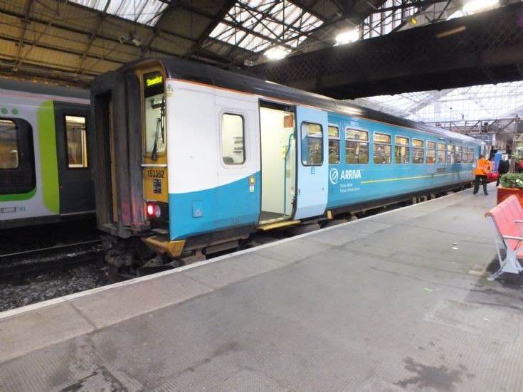 Arriva 153362 at Crewe Station