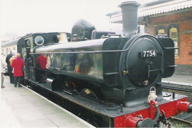 7754 at Llangollen