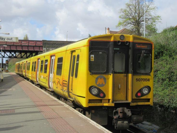 Merseyrail 507004