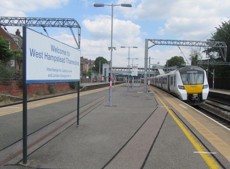 Thameslink 700107