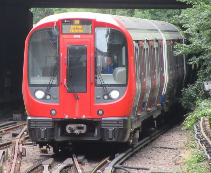 London Underground 'S' Stock