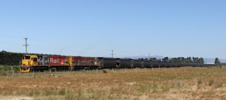 Kiwi Rail Coal Train