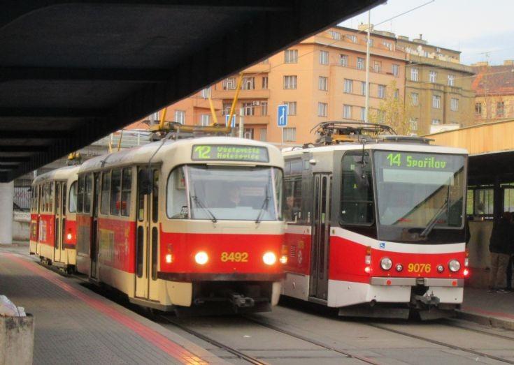 Prague Trams 8462 & 9078