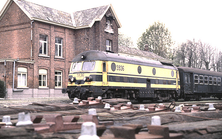 SNCB/NMBS 5936