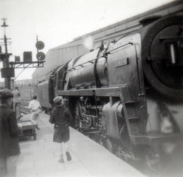 Youngsters admiring the Polar Star steam loc