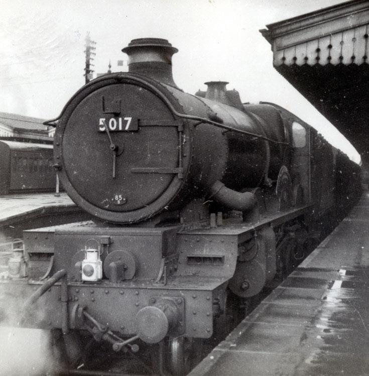 Steam train in station - locomotive 5017