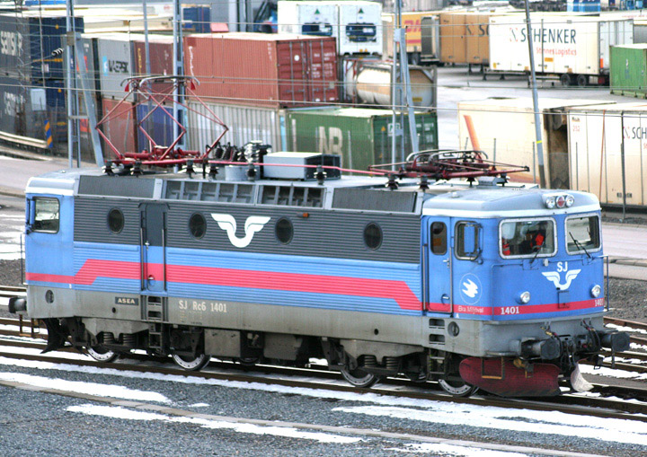 SJ Rc6 1401 in the Gothenburg freight yard