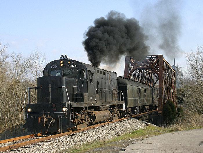 VLIX 2064 at Oak Ridge, TN.