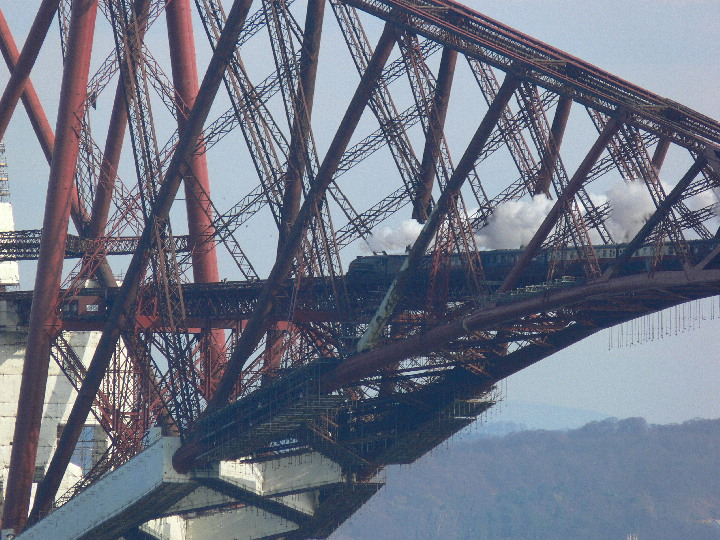 A4 60009 on the Forth Bridge