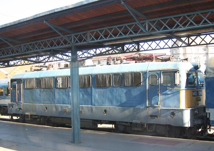MÁV V43 electric locomotive 1388