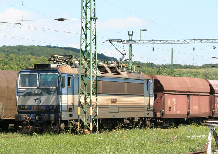 Škoda Slovakian Class 363 locomotive 363090-2