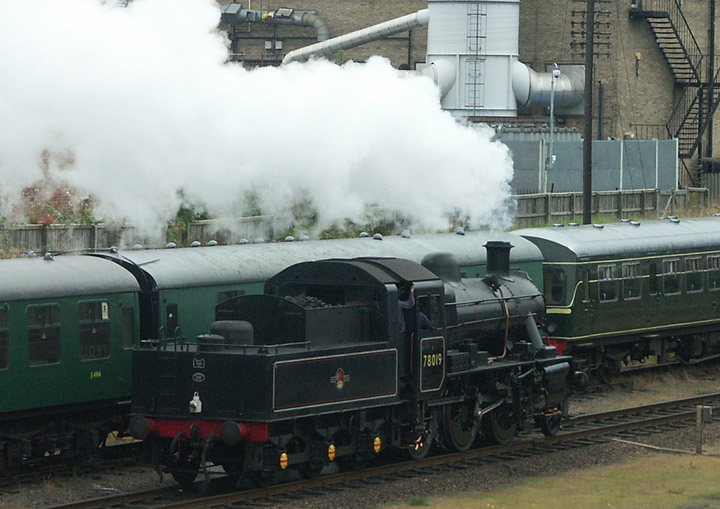 78019 BR Standard Class 2 Mogul on the GCR line