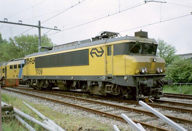 NS 1700 Electric Locomotive