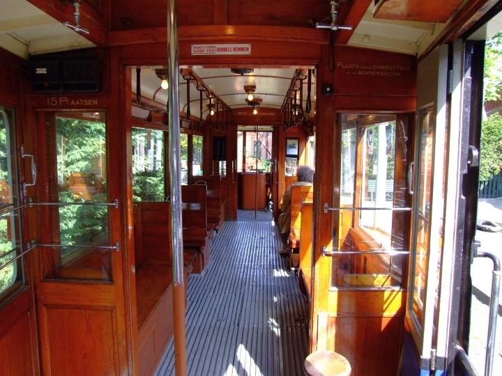 Tram 465 interior