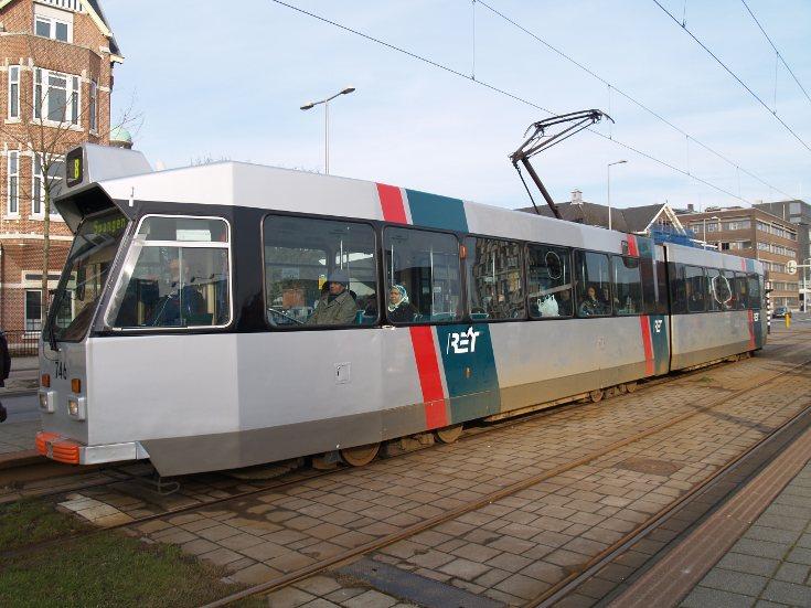 RET tram 746