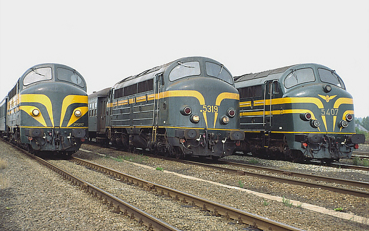 SNCB/NMBS 202.017 + 5319 + 5407