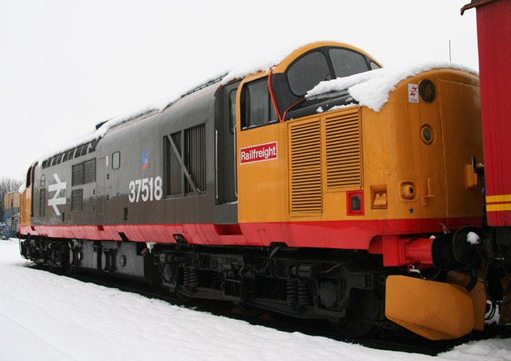 English Electric Type 3, BR Class 37  D6776/37518
