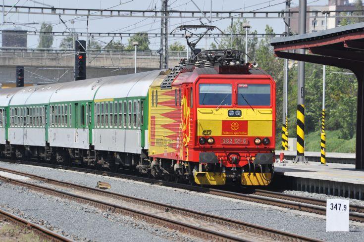 ČD 362 121-6 electric locomotive