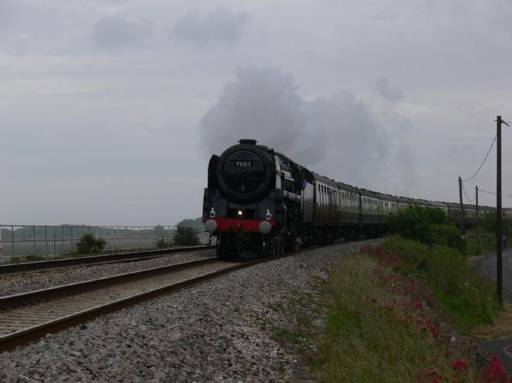 70013 Oliver Cromwell passing Cockwood