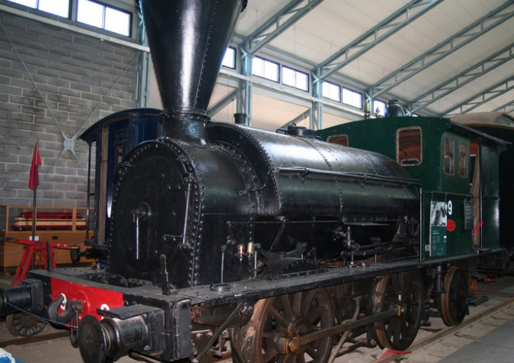 Finnish type B1 0-4-2ST no. 9, left side